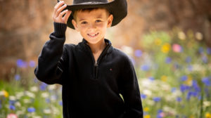 Young boy in cowboy hat